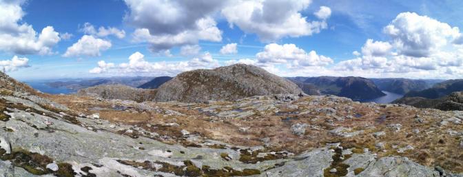 Der Gipfel da drüben sieht aber hübsch aus